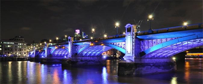 Southwark Bridge - 674 x 280